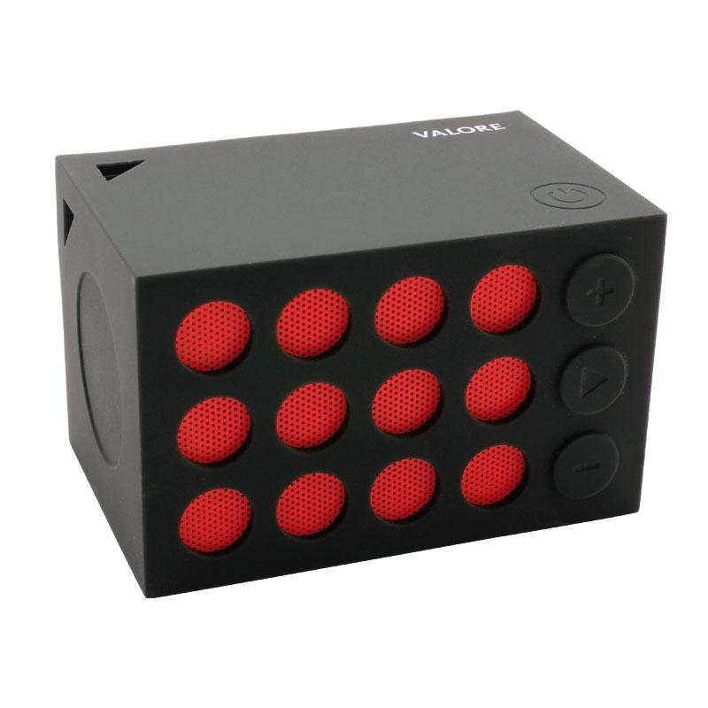 BTS07-Wireless-Speaker-with-Selfie-Shutter-Function-Red