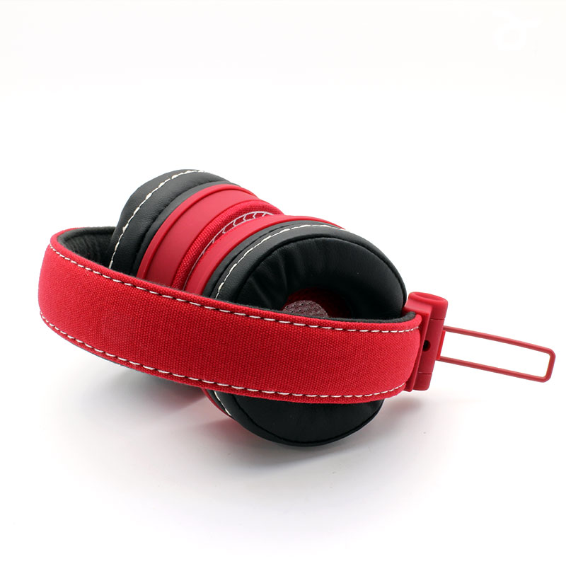 HS0001-Music-Headset-Red-Top-View-Bend