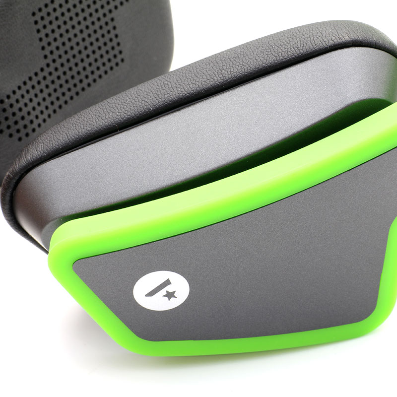 HS0002-Music-Headset-Green-Close-up