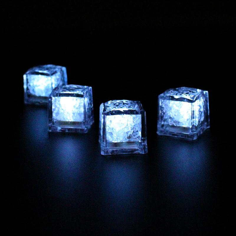LML02-LED-Ice-Cubes-lit
