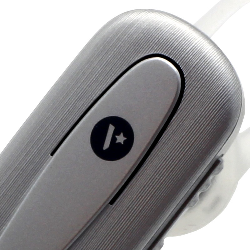 M501-Wireless-Earpiece-with-Selfie-Shutter-Function-Texture