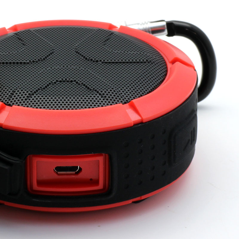 QKS2-Outdoor-Wireless-Speaker-Red-USB-Port