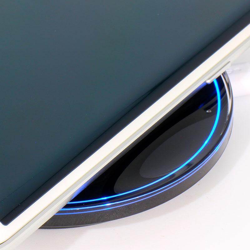 V-AC906-Wireless-Charger-Black-Blue-LED-Light