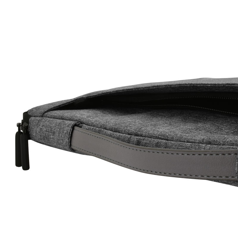 Valore-14'-Laptop-Carry-Case-(MA36)-front-zipper