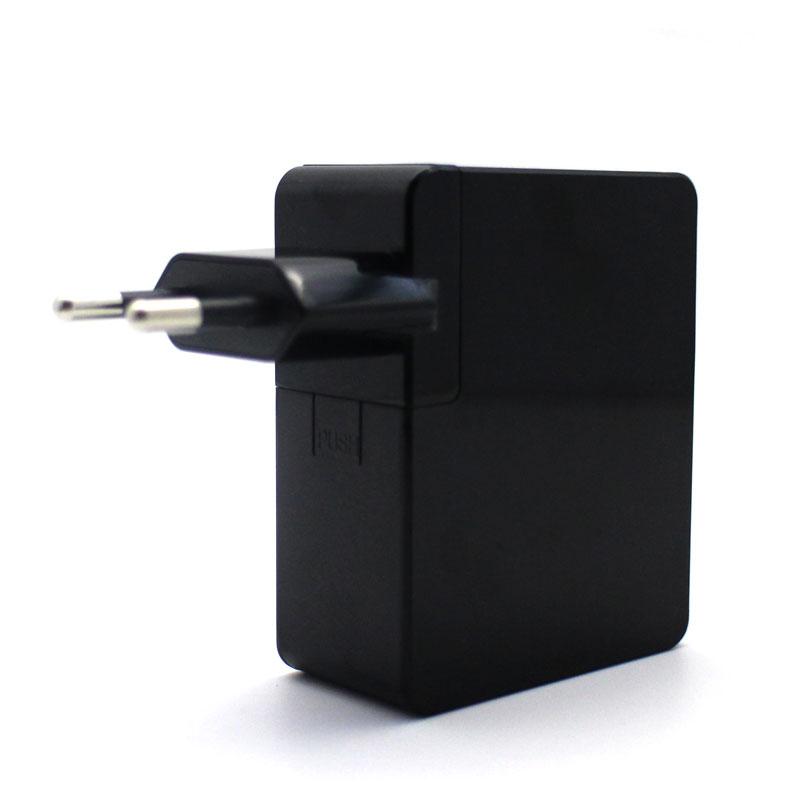 Valore-4-Port-USB-Travel-Adapter-2