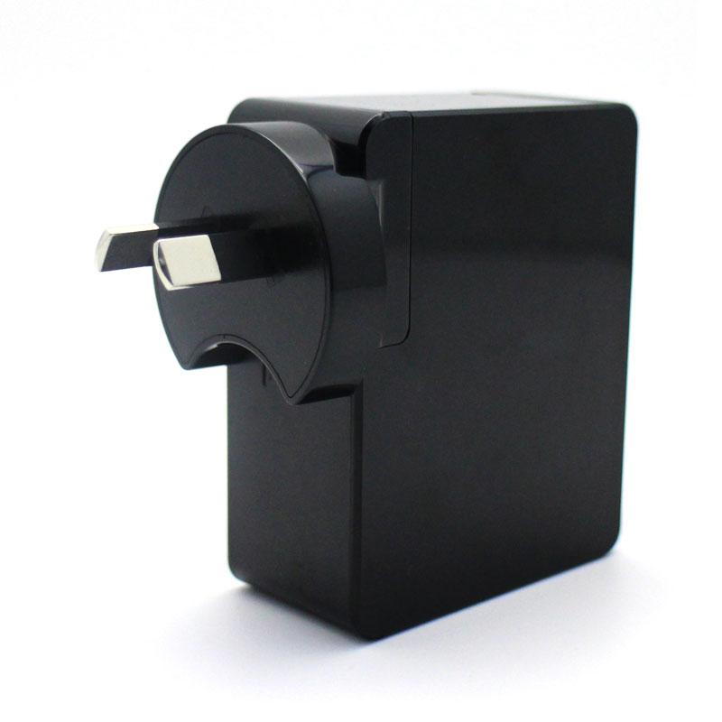 Valore-4-Port-USB-Travel-Adapter-3