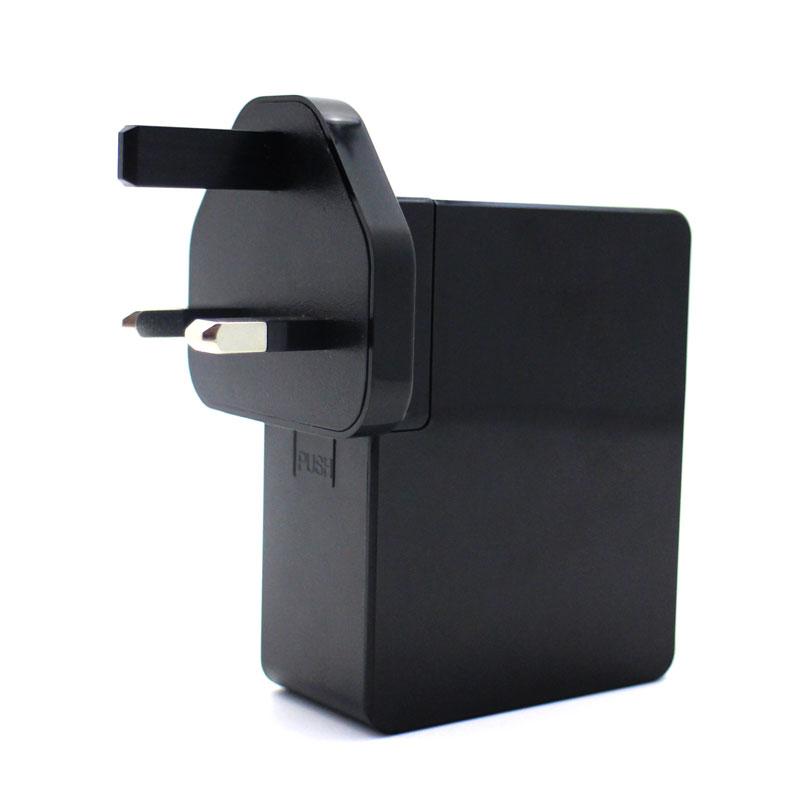 Valore-4-Port-USB-Travel-Adapter