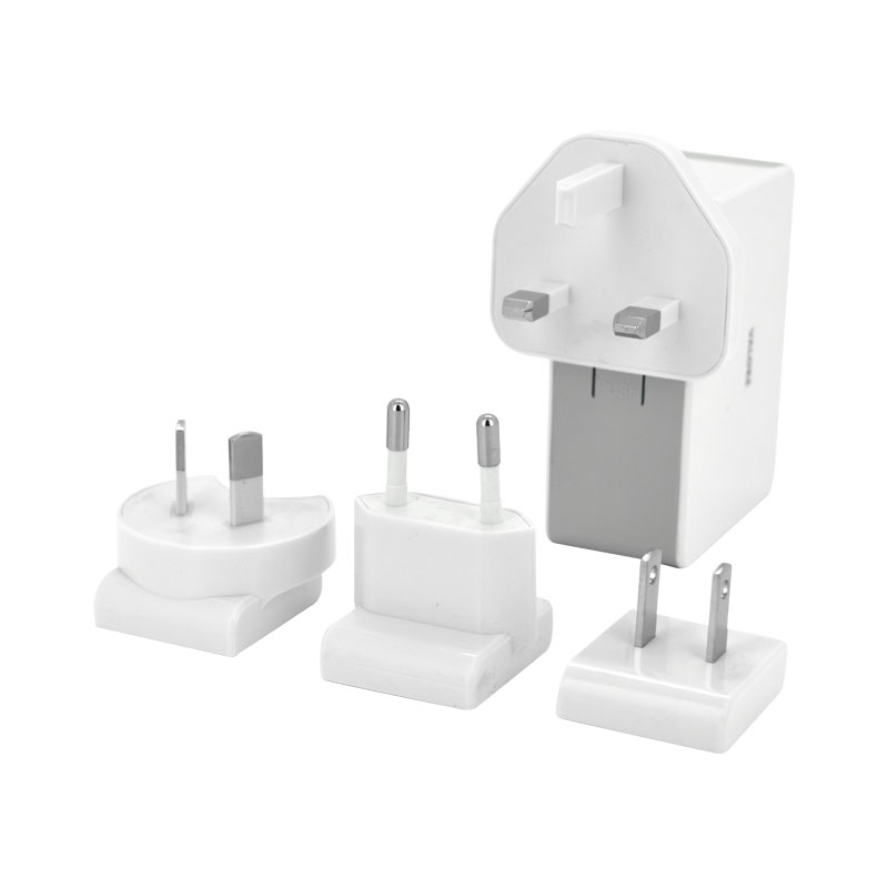 Valore-4-Port-USB-Travel-Adaptor-Kit-Bundle-(JK050500-S23EUU)