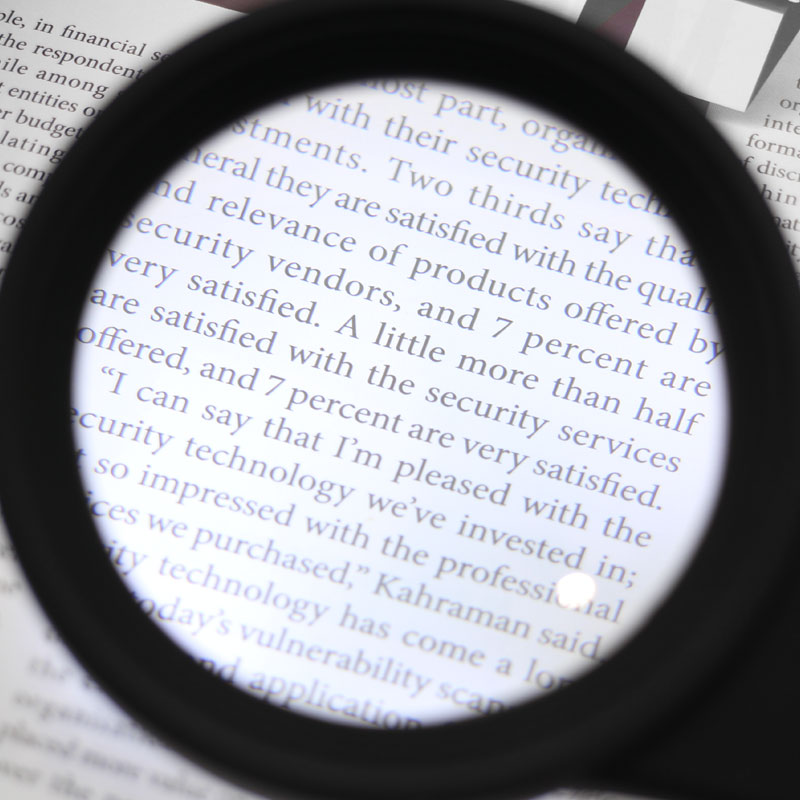 Valore-Hand-held-LED-Magnifier-With-UV-Money-Detector-with-light(MG-H600559)