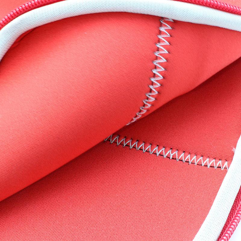 Valore-Neoprene-Carrying-Case-V-MA158-Red-inner
