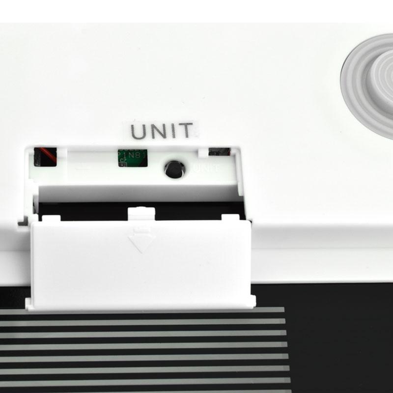 Valore-Ultra-Slim-Digital-Scale-(VF-006)-Black-battery-compartment