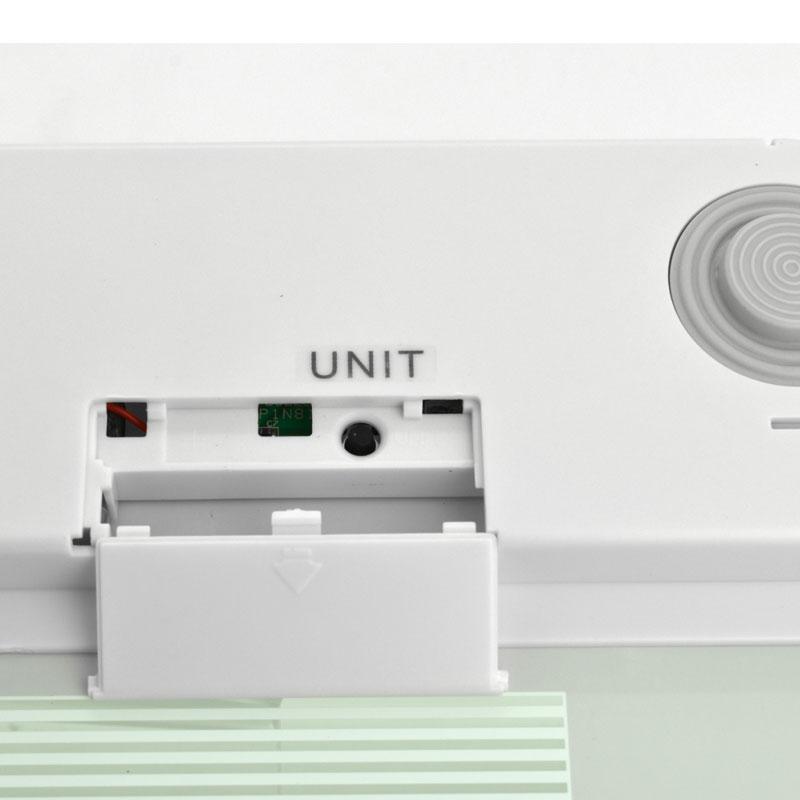 Valore-Ultra-Slim-Digital-Scale-(VF-006)-White-battery-compartment