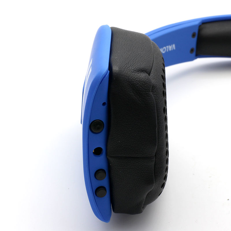 Y8-Wireless-Headset-Blue-Button